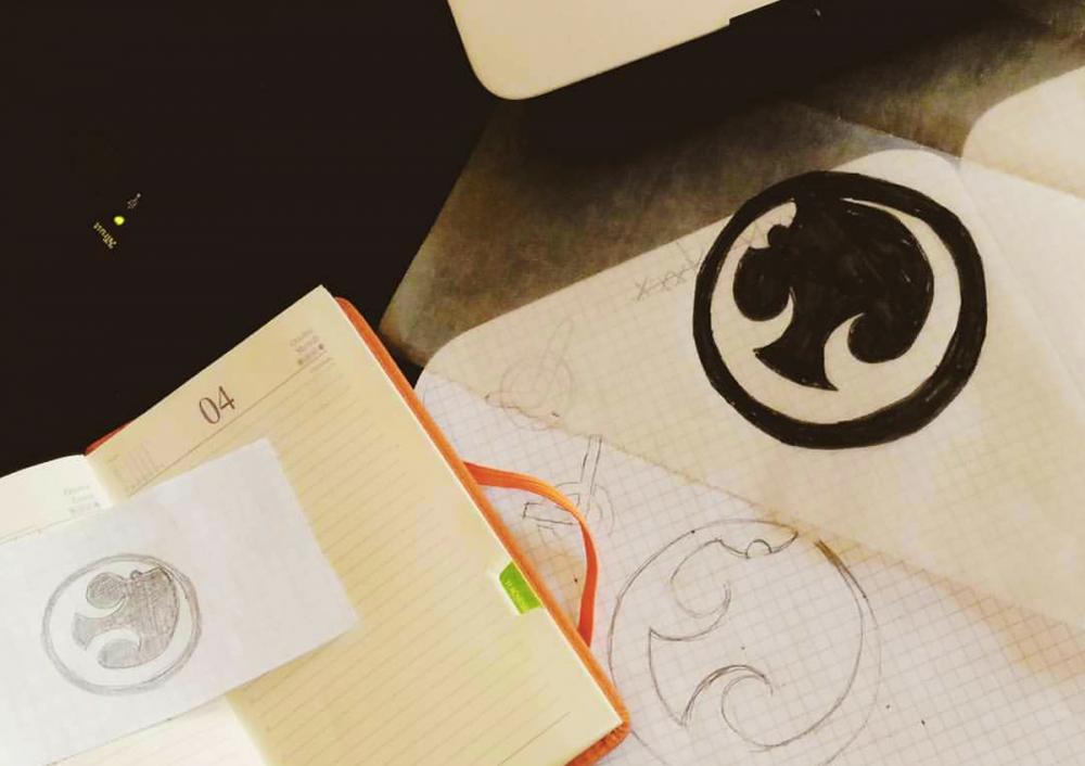 4 trucchi per creare un logo professionale